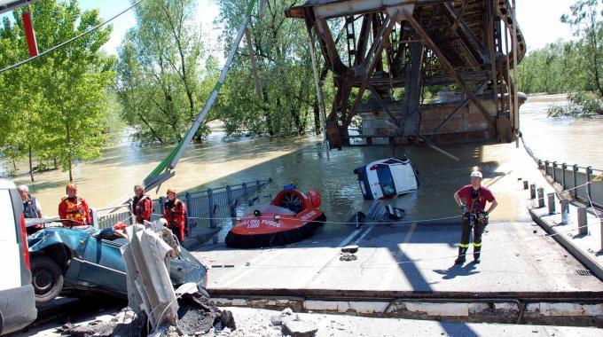crollo ponte po 3