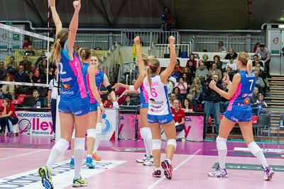 #iLoveVolley #VolleyAddicted  Nordmeccanica Piacenza 3 - Sudtirol Bolzano 0 Serie A1 Femminile 2015/2016 Piacenza (PC) - 06 dicembre 2015  Guarda la gallery completa su www.volleyaddicted.com (credit image: Morotti Matteo/www.VolleyAddicted.com)