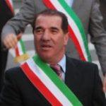 CRESCONO I MAL DI PANCIA IN FORZA ITALIA